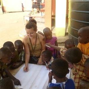 Julie B au Ghana